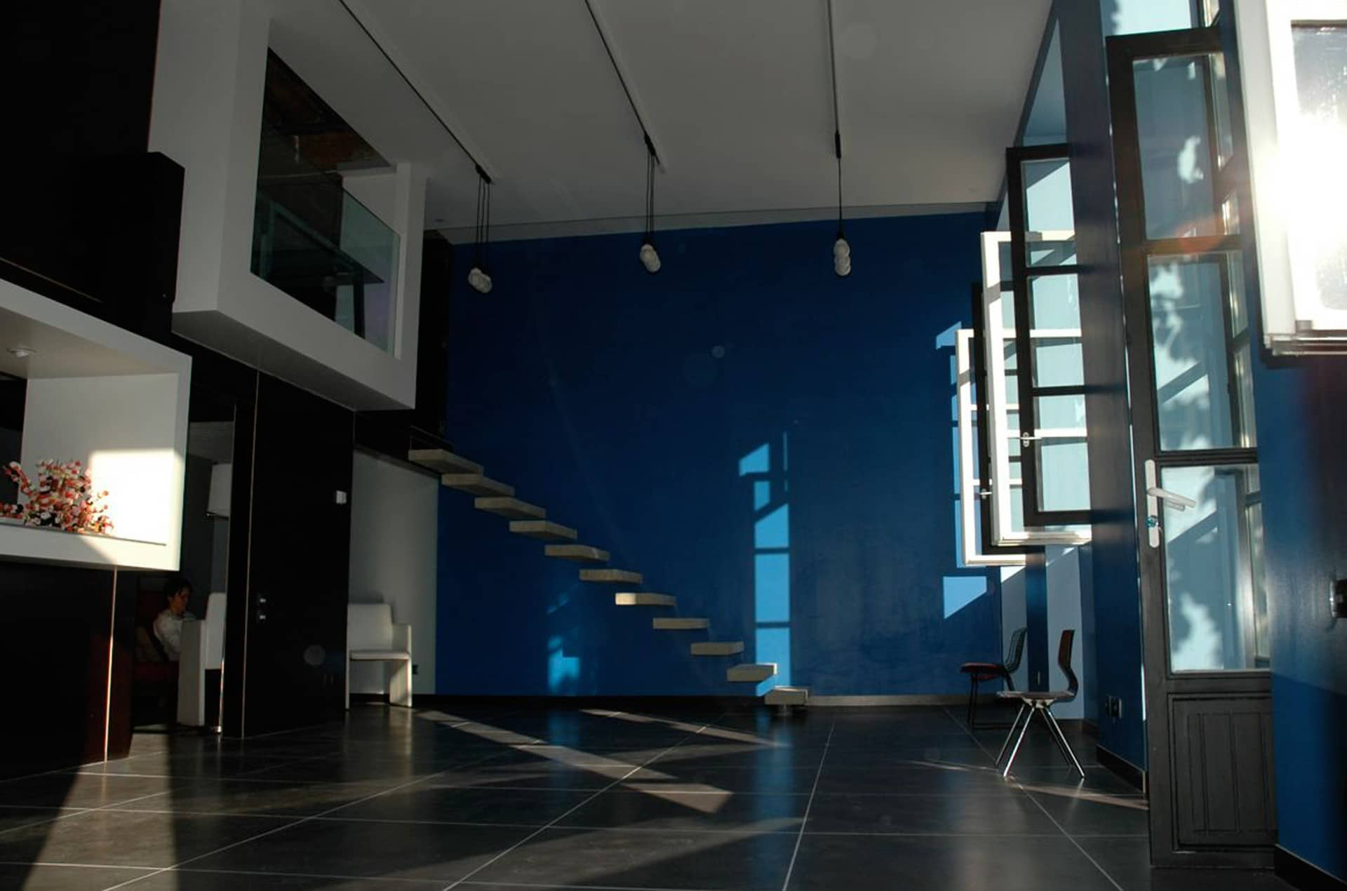 architec-appartement-caluire-salon-escalier