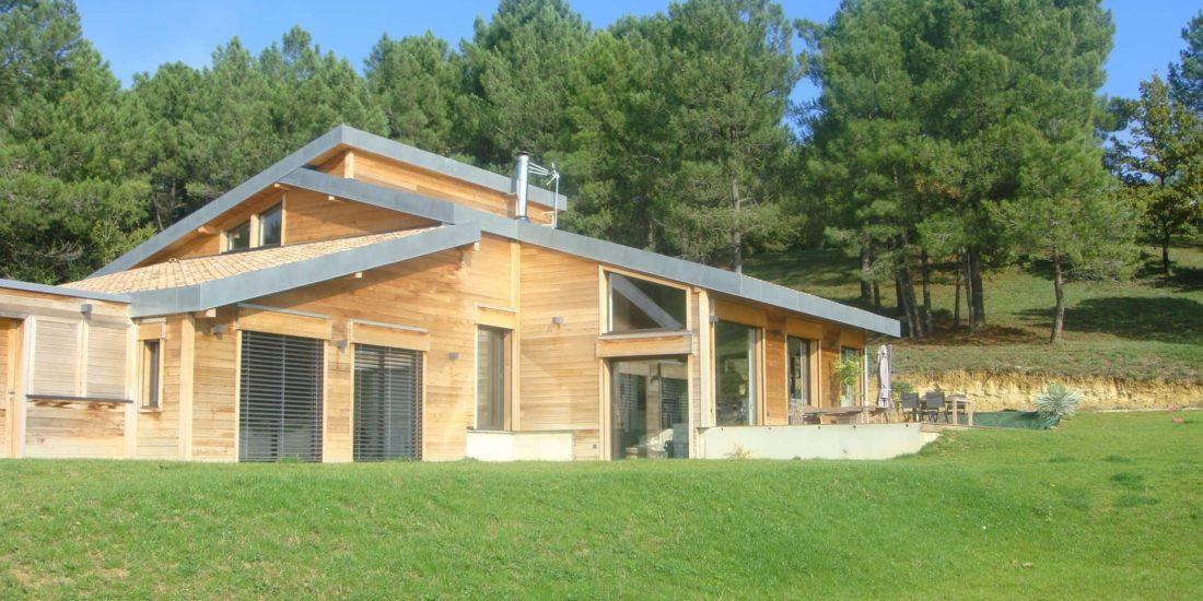 architec-maison-ossature-bois-exterieur-vue-face