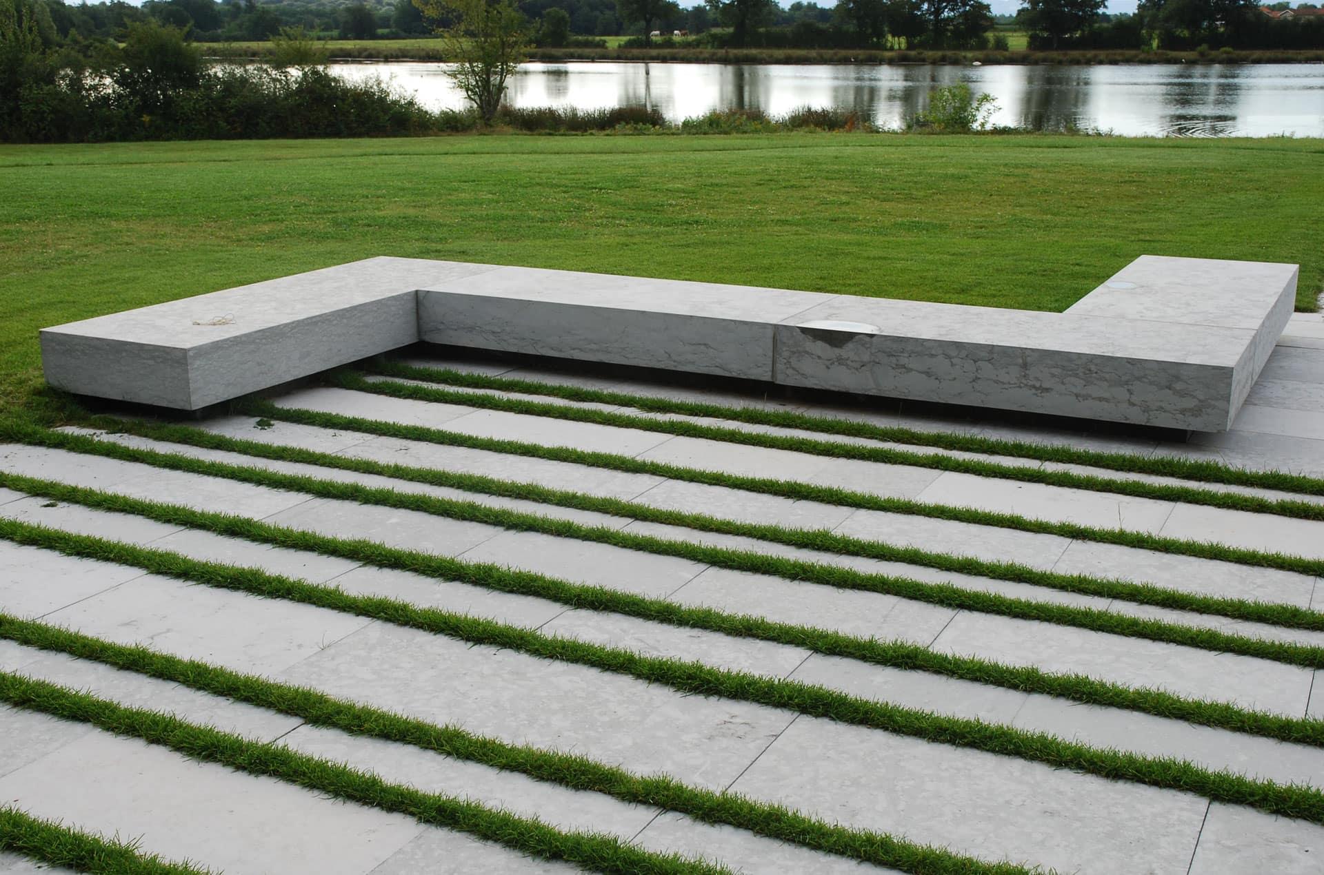 architec-terrasse-pierre-verdure