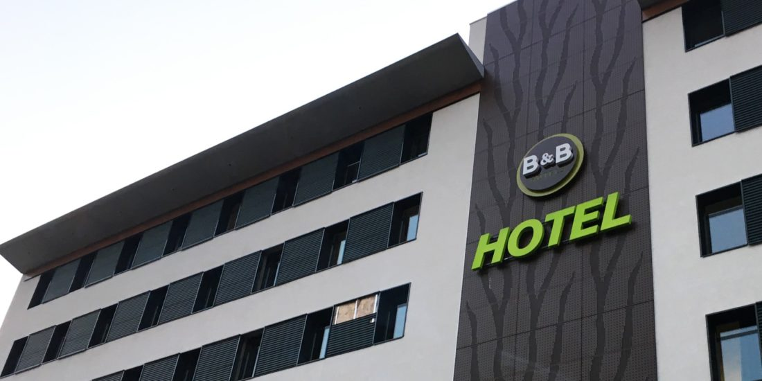 architec-b-b-hotel-facade