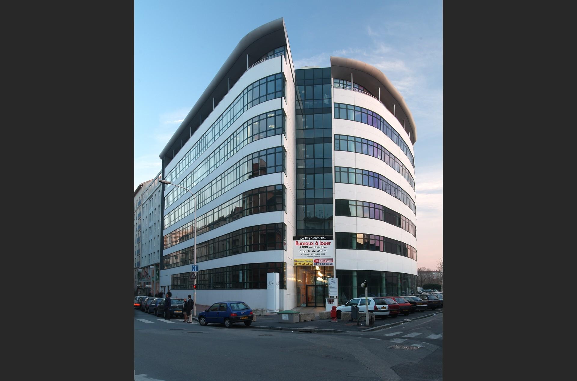 architec-first-facade-face