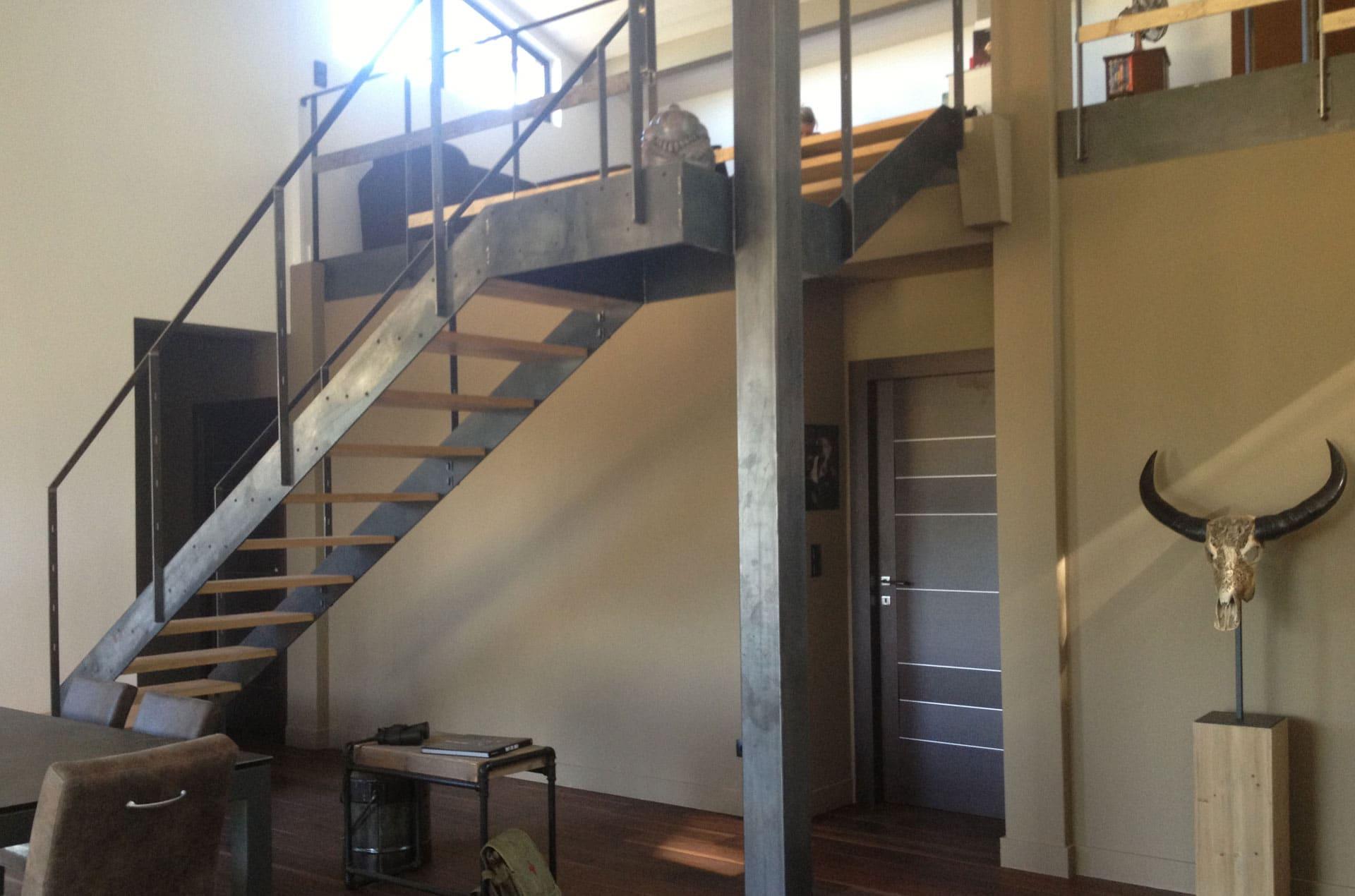 architec-maison-ossature-bois-escalier