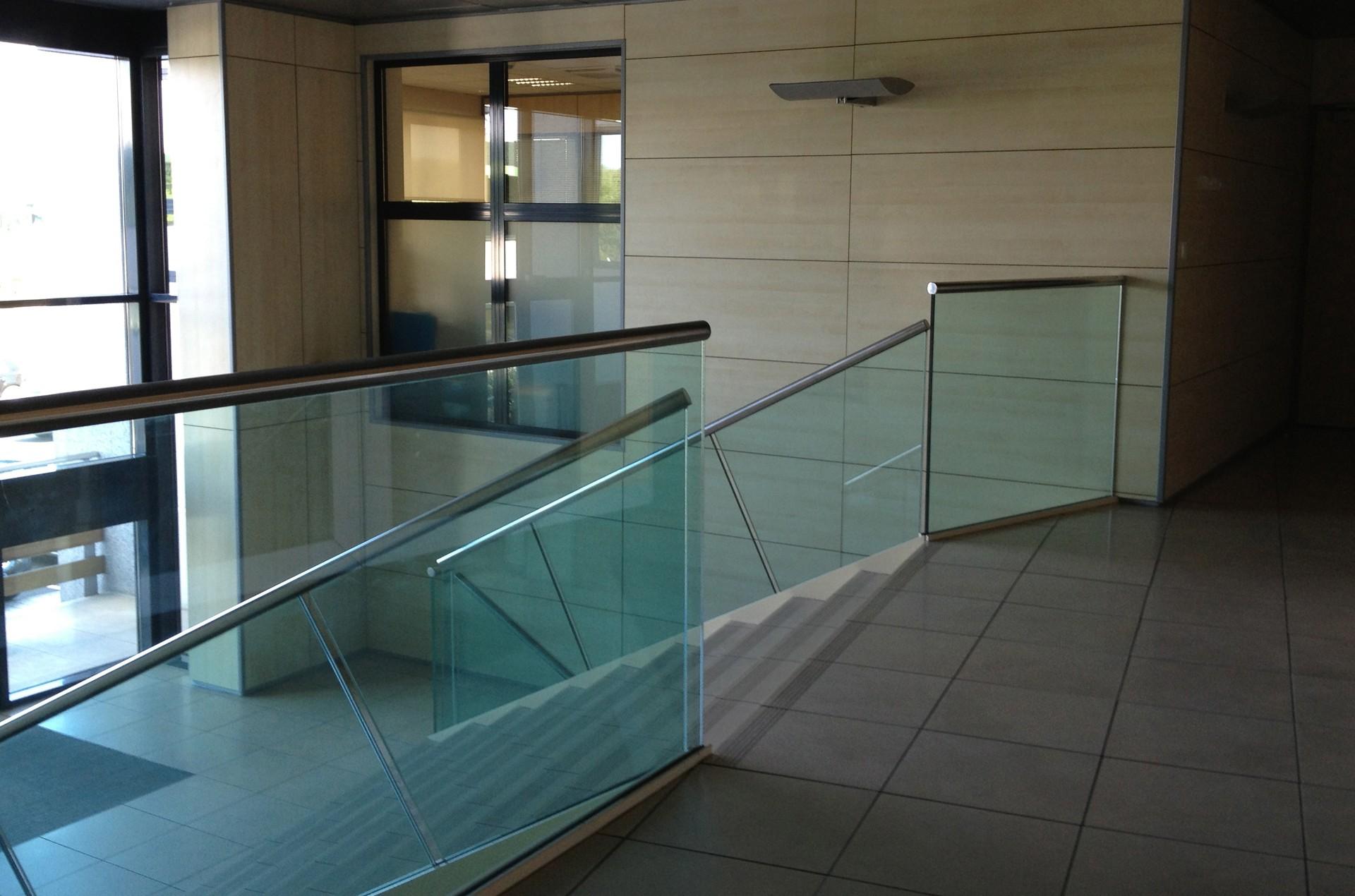 architec-parc-tertiaire-du-bois-dieu-escalier